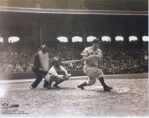 Lou Gehrig Action Photo
